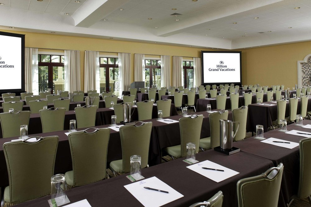 tuscany_village_image_meeting_room